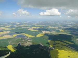 3.5.2014 Super Streckenbedingungen schon kurz nach dem Abflug in Wahlstedt. Hier querab von Wismar.