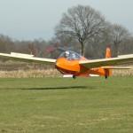 Einer der vielen Überprüfungsstarts endet mit einer sauberen Landung.