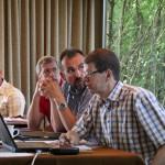 Kassenwart Lars Hartwig stellt den Jahresabschluss 2013 in allen Details vor.