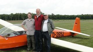Martin Seiler schließt seine Ausbildung zum Segelflugzeugführer mit der praktischen Prüfung ab!