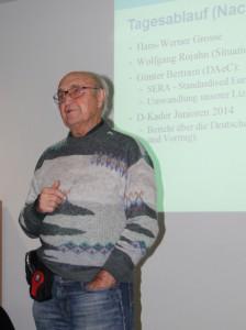 Hans Werner Grosse ließ uns in einem Kurzvortrag an seiner Begeisterung für den Streckenflug teilhaben und stellte das Flugerlebnis in den Mittelpunkt seiner Betrachtung zu OLC und DMSt.