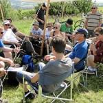 Gemeinames Sitzen am Start im Sommerlager