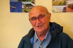Hans-Werner Grosse berichtete wie immer sehr lebhaft von seinen Erinnerungen. (c) Karsten Wilkening