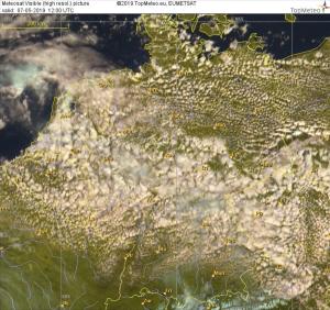 Satellitenbild 14 Uhr Ortszeit