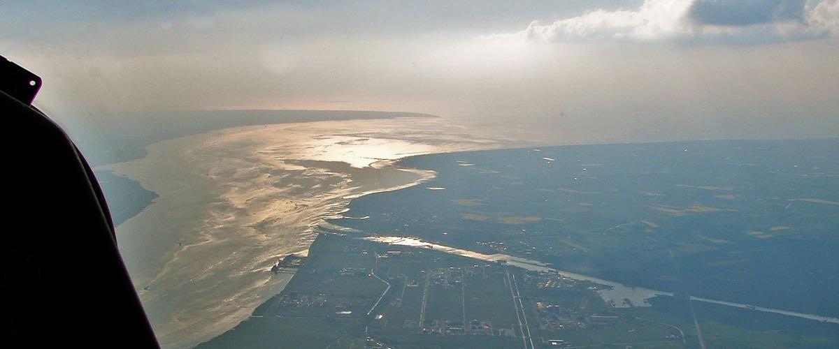 Elbmündung westlich Hamburg