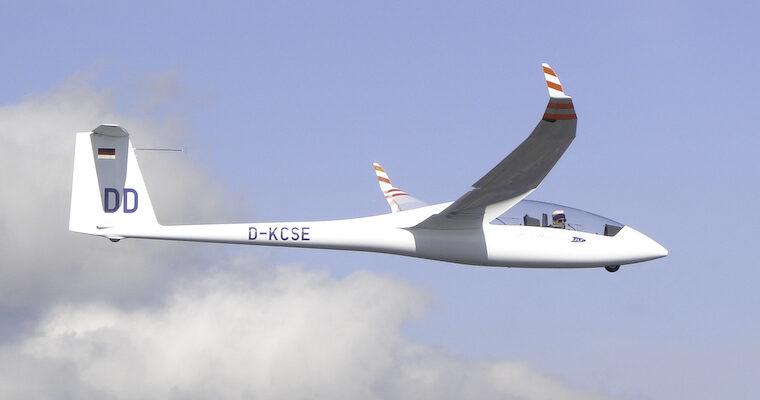 Duo Discus XLT ist in der Luft – D-KCSE 'DD'